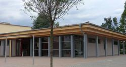 Wandelhalle mit Cafe, Kleinkunstbühne u. drei Mehrzweckräume in Bad König